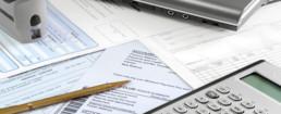 FINANCE, impôts,table